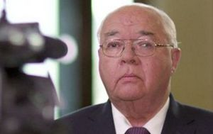 60 Minutes: Laurie Oakes looking to 'drop one more bomb' in final week in Press Gallery