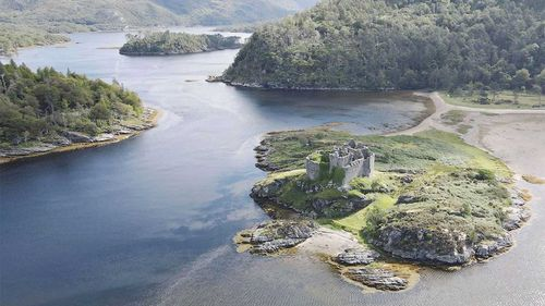The ruins of Castle Tioram are not far away.