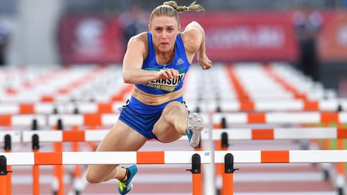 Despite currently being in Europe to compete, Australian hurdler Sally Pearson has her eye on winning gold at the Gold Coast Commonwealth Games next month (AAP).