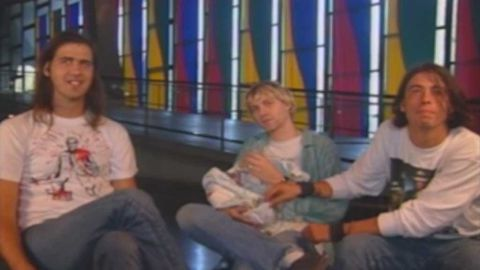 Kurt Cobain feeds daughter Frances Bean during MTV interview
