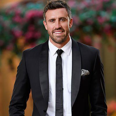 Luke, 33