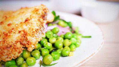 Crispy cauliflower steak is the perfect #meatfree dinner