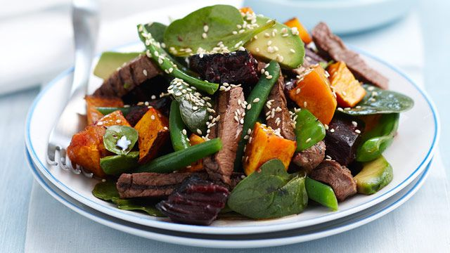 Steak and pumpkin salad