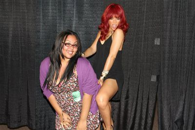 She's not shy! Rihanna gets to know the little people backstage on her <i>Get Loud</i> tour.