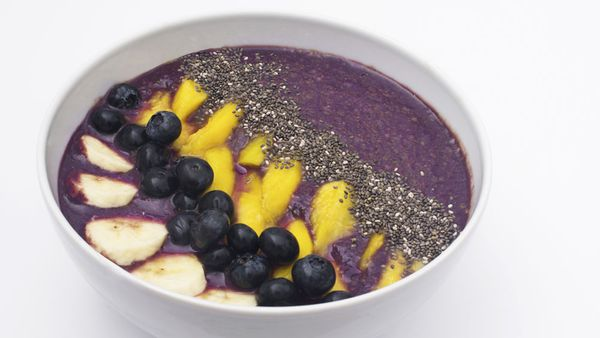 Bec Wilcock's pre-workout acai and wild blueberry blend bowl