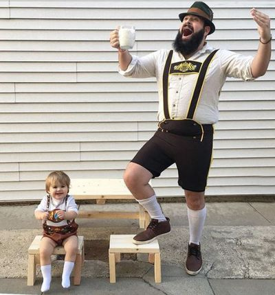 """Yodel-e-day Yodel-e-doo 'hosen and calcium with my Zoe-zoo,"" wrote the proud papa alongside this hilarious pic."