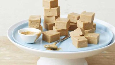 "Recipe:&nbsp;<a href=""https://kitchen.nine.com.au/2017/02/16/13/45/supercharged-peanut-butter-fudge"" target=""_top"">Supercharged peanut butter fudge</a>"