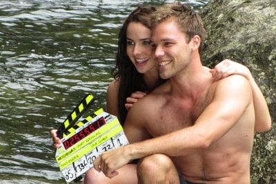 Lincoln got his shirt off again for a four-week guest stint on <i>Neighbours</i>. Apparently Channel Ten wanted him for a whole year, but he turned it down!<br/><br/>He played marine biologist Dominic, who had a romance with Kate Ramsay (Ashleigh Brewer) in a series of episodes filmed in Port Douglas, Queensland.<br/><br/>Image: Ten