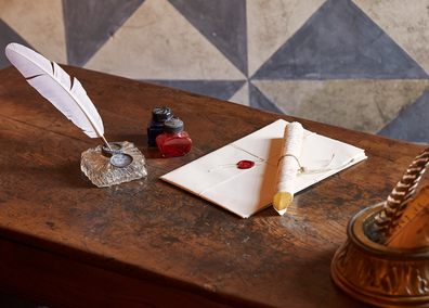 Casa di Giulietta writing desk with feather quill