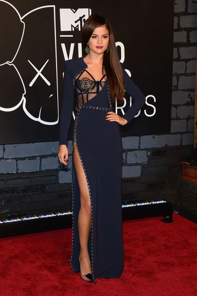 Selena Gomez in Atelier Versace at the 2013 MTV Video Music Awards