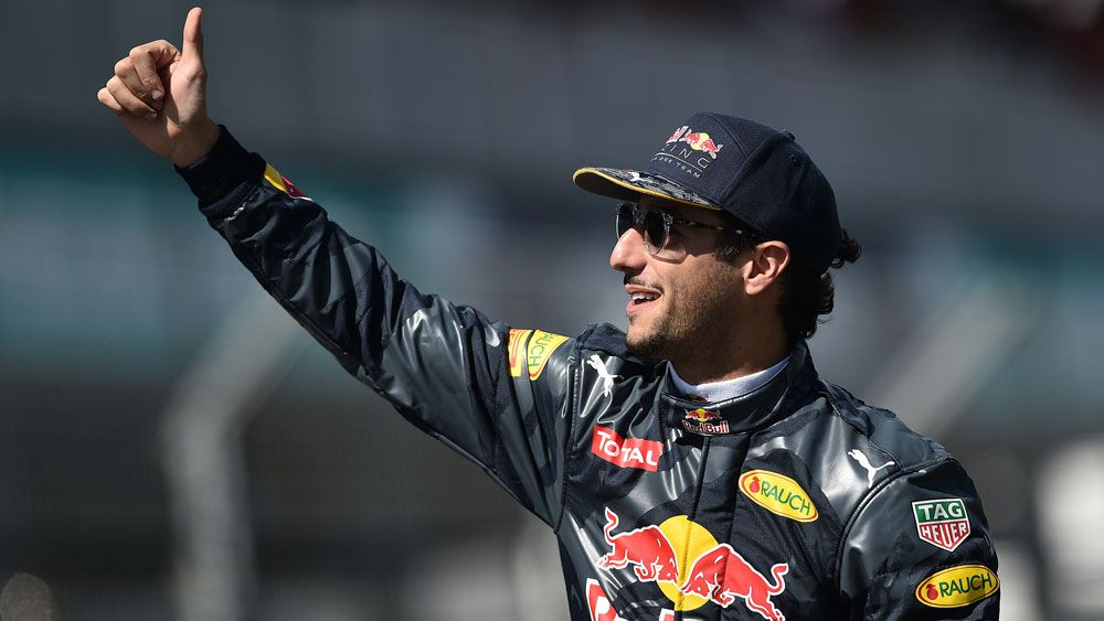 Ricciardo left smiling with 4th at Aust GP