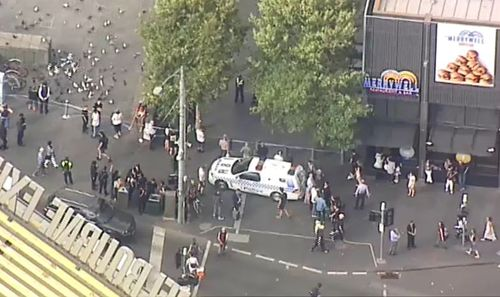Casino goers flooded onto the street after the scare. (9NEWS)