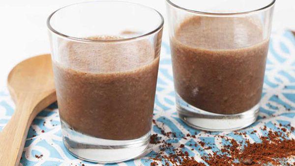 Mocha madness breakfast smoothie by Almond Breeze