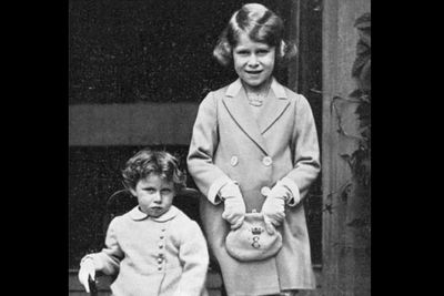 The <b>Queen Mum</b>'s two daughters, <b>Princess Elizabeth</b> (who would later be known as <b>Elizabeth II of Great Britain</b> in1952) and her sister (on the left), <b><b>Princess Margaret Rose</b></b> were photographed in 1933. Dainty!