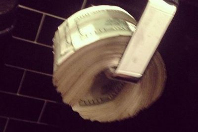 @letthelordbewithyou: I know y'all didn't think I would actually use toilet paper!
