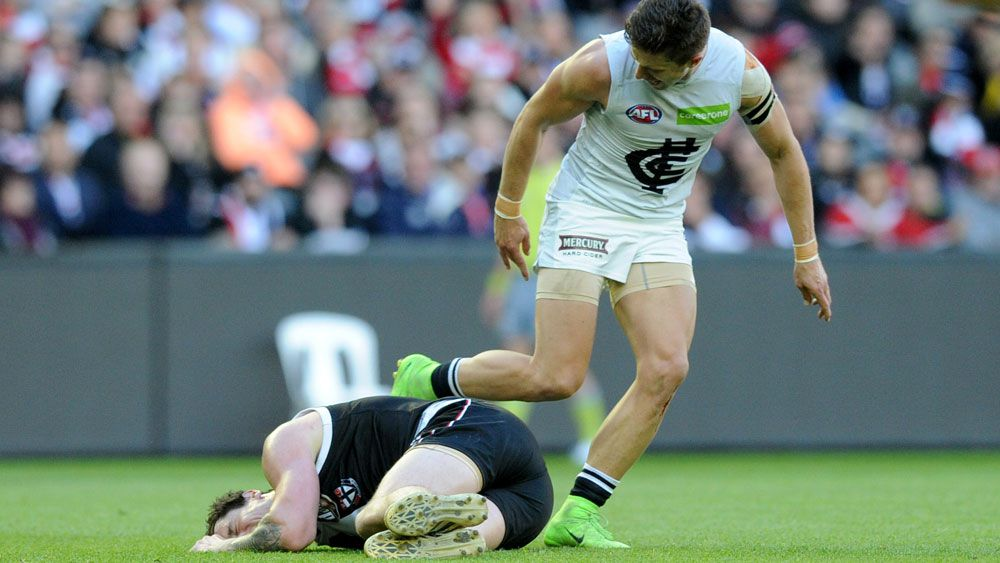 AFL poised to fine St Kilda and Carlton $10,000 each over sledging incident