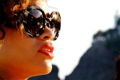 "Rihanna shares pics of her vacation sailing around the coast of Italy.<br/><br/>""my fav sunglasses"""