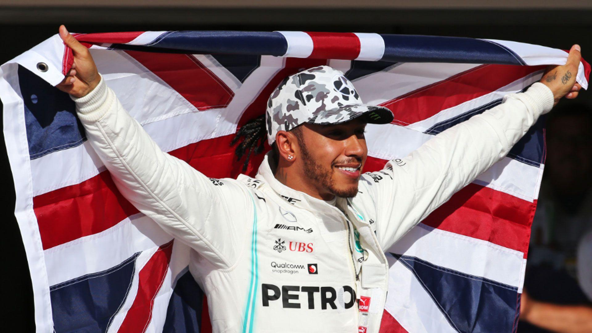 Ferrari chief shows serious interest in F1 champion Lewis Hamilton