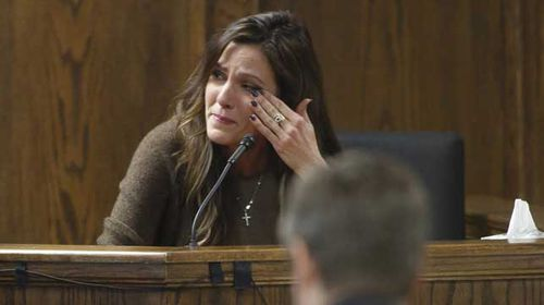 Taya Kyle, wife of slain Navy SEAL Chris Kyle, cries on the witness stand during the opening day. (Getty)