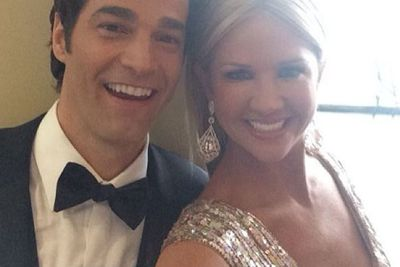 @nancyodell: On the way to the Osxar red carpet! Tune in to @TVGN Live at the Oscars today @ 5e/2p, Channel: http://bit.ly/MtHbm4 #ETonTVGN @etonline @robmarciano