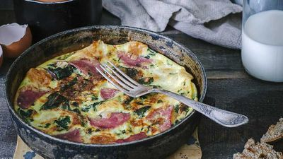 "Recipe: <a href=""https://kitchen.nine.com.au/2017/01/13/17/38/weight-loss-bacon-and-spinach-omelette"" target=""_top"">Weight loss bacon and spinach omelette</a>"