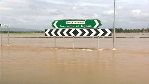"""The region between Townsville and Cairns has been declared a """"disaster"""" area. (9NEWS)"""