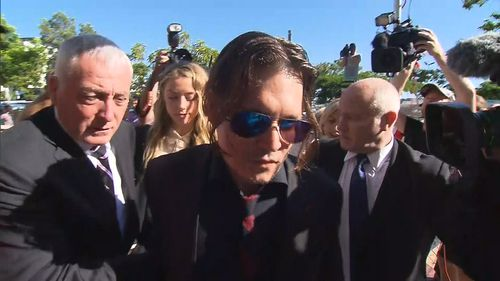 Johnny Depp and Amber Heard arrive at the Gold Coast court. (9NEWS)