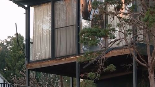 Woman in serious condition after balcony fall