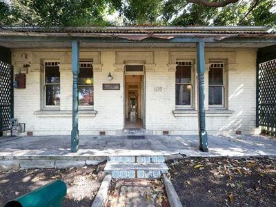 <strong>126 Lilyfield Rd, Lilyfield, Sydney, sold: $1.855 million</strong>