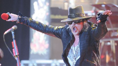 "Axl Rose rejects induction into Rock and Roll Hall of Fame because he's ""not wanted"" by ex-bandmates"