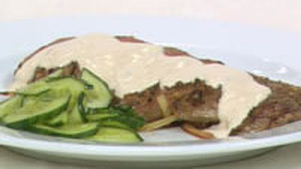 Garlic lamb fillets with tahini sauce
