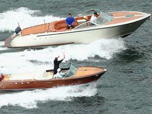 Federer, Hewitt battle it out on speed boats