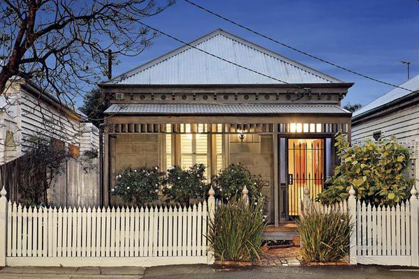 Check out inside the AFL star's Newport cottage.