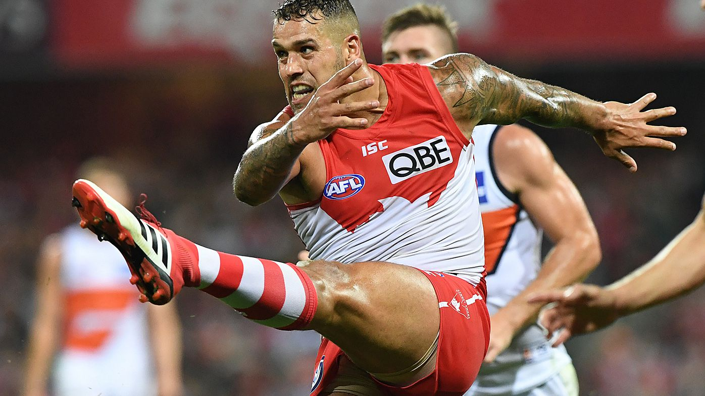 Sydney Swans defeat GWS Giants in AFL derby at SCG
