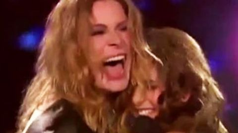 Was she drunk? LeAnn Rimes' shaky <i>X Factor</i> performance — Britney does not look amused
