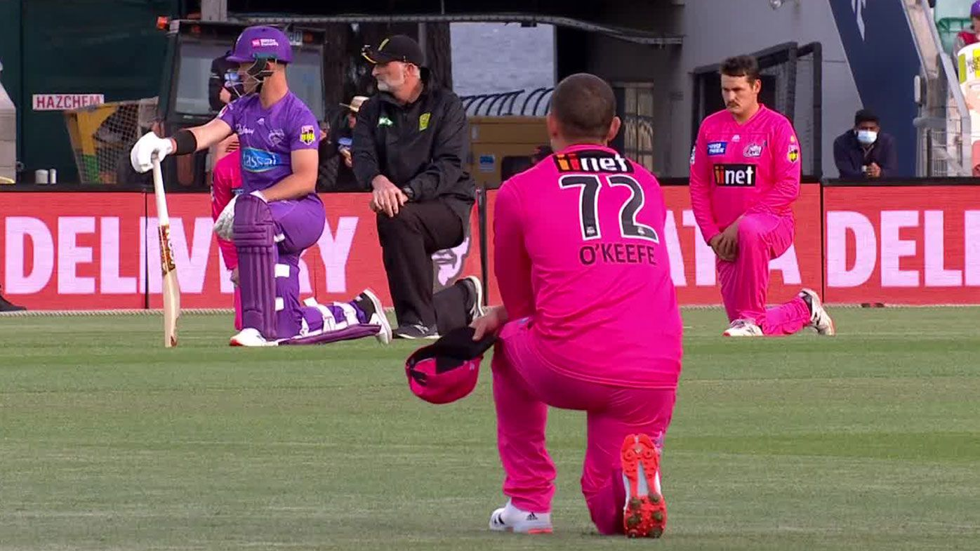Sydney Sixers take stand against 'unacceptable' racism before BBL opener
