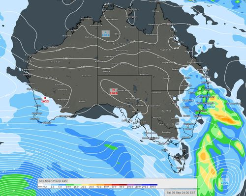 Finals games in Melbourne, Sydney, Perth and Brisbane will all experience the effects of light showers and possible thunderstorms throughout the weekend.