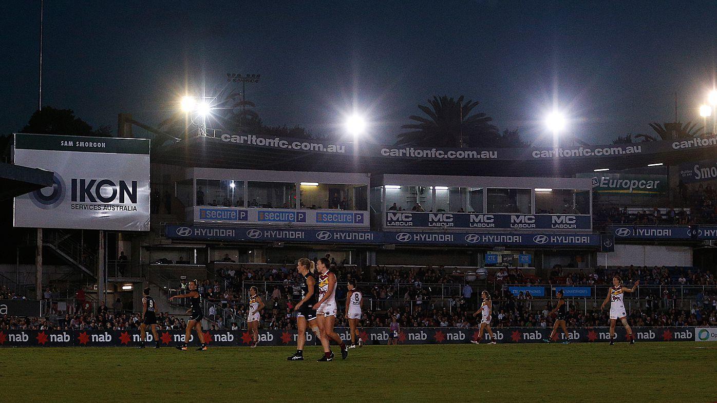 AFLW Brisbane Lions coach slams Princes Park lighting