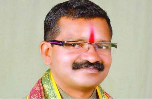 Politician Bhima Mandavi was killed along with four of his staff when an IED was detonated on their vehicle as they left an election rally in Chhattisgarh.