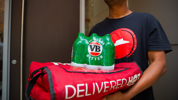 Pizza Hut beer delivery service