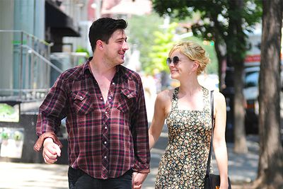 <b>October 2010:  </b>Mulligan breaks up with Wall Street 2: Money Never Sleeps co-star and boyfriend Shia Labeouf.<br/><br/><b>February 2011:</b>  Mulligan meets Mumford while on a date with Jake Gyllenhaal... and moves into his house in March.<br/><br/><b>September 2011:</b> Mulligan is spotted wearing an engagement ring. <br/><br/><b>April 2012: </b>The happy couple wed in an intimate ceremony in the UK, after just a year of dating.  <br/>
