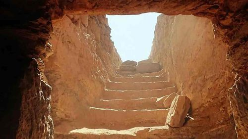 The tomb lay undiscovered for thousands of years.
