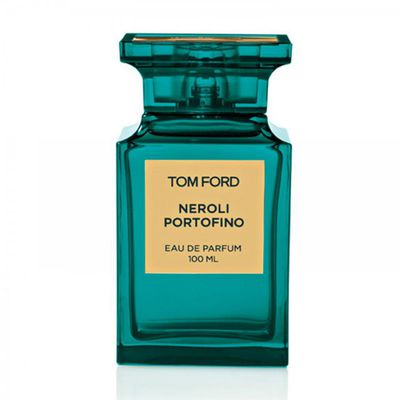 <p>No yacht? No problem. Make believe you're on the Italian Coast with floral notes, citrus and amber.</p>