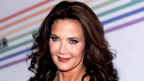Lynda Carter wants to be in the Wonder Woman remake