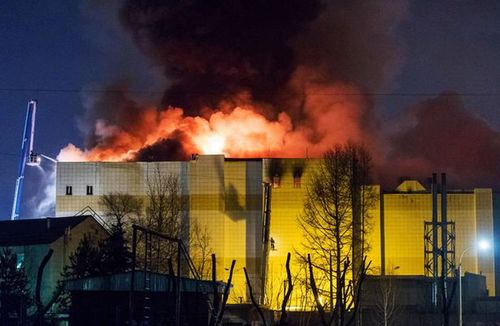 The Winter Cherry shopping mall burned through the night. (Getty)