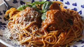 Spaghetti meatballs with fresh pasta