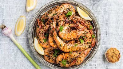 "Recipe: <a href=""http://kitchen.nine.com.au/2018/01/23/07/36/king-prawns-marinated-in-garlic-parsley-and-lemon-recipe"" target=""_top"">King prawns marinated in garlic, parsley and lemon</a>"