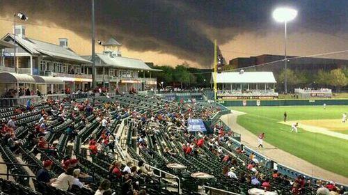 Blasé baseball fans ignore oncoming tornado