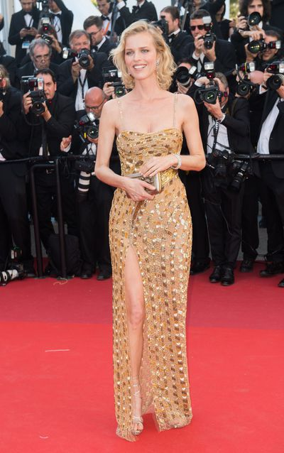 Supermodel Eva Herzigová in Bottega Vanetta at the 2017 Cannes Film Festival