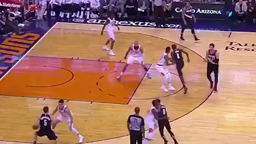 NBA: Phoenix Suns' accidentally perfect synchronised transition is mesmerising, video